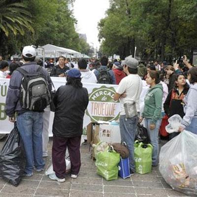 Cibo in cambio di rifiuti a Città del Messico