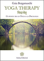 Libro-Bergamaschi-Yoga-Therapy